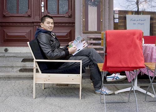 hartz 4 m bel sessel zum selberbauen lilli green. Black Bedroom Furniture Sets. Home Design Ideas