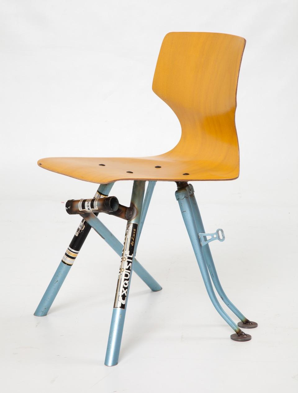 Formsitz Upcycling Design Stuhle Aus Alten Fahrradrahmen Lilli Green