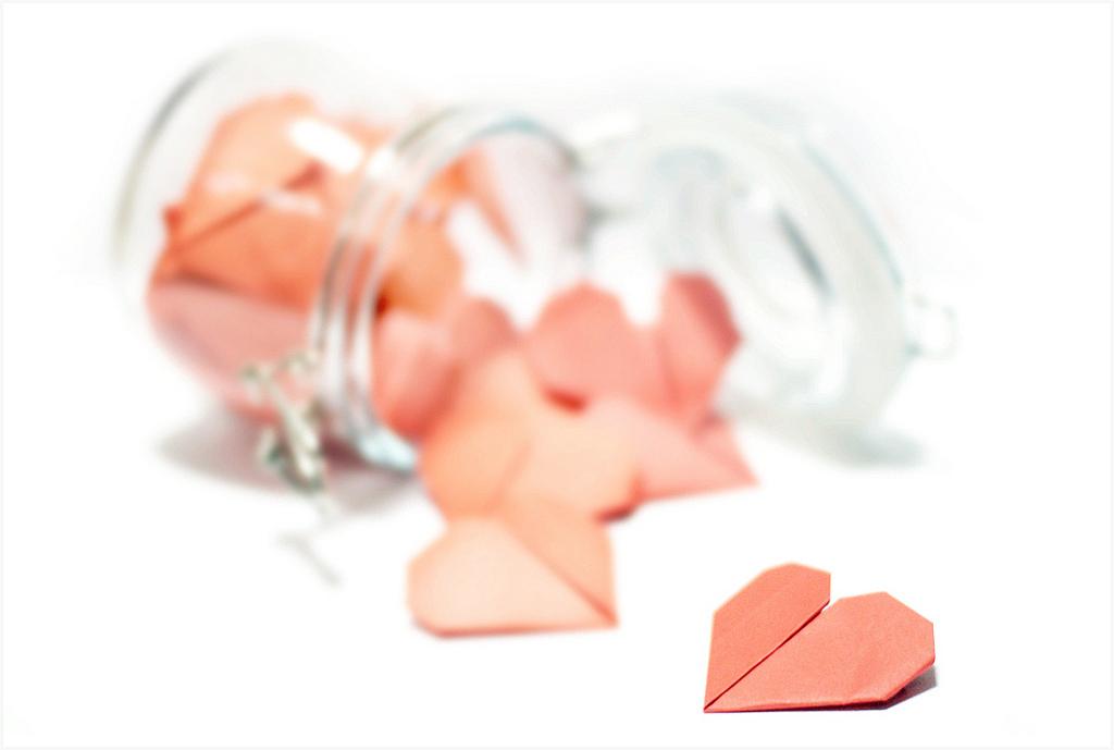 Herzchen aus Origami - Bild: Yunir