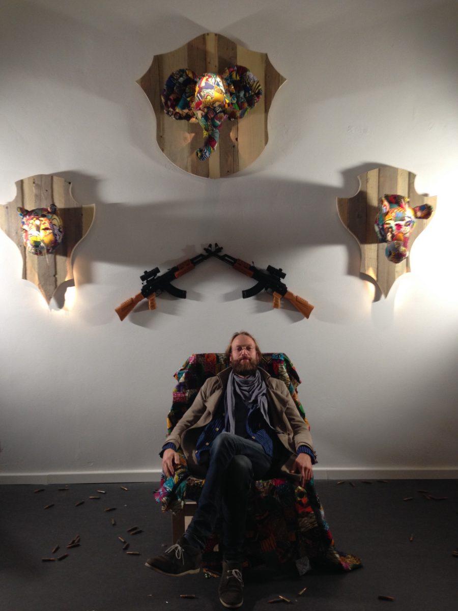 Kunst gegen Jagd - Kunstinstallation Berlin Kuenstler Louis Masai