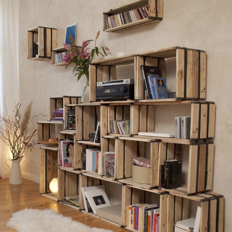 Upcycling Design - Regalsystem mit Holzkisten
