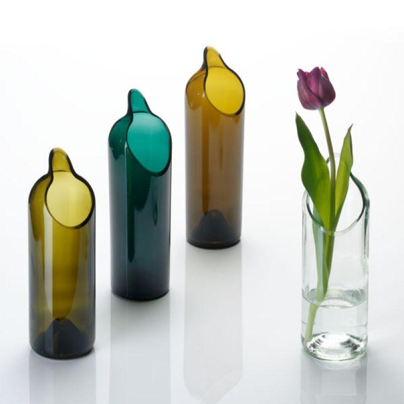 Upcycling Wohndesign - Vase aus alte Weinflasche
